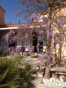 Photo for Nice house at 2 steps away on the road to the Sainte Victoire