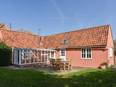 Photo for 2 bedroom accommodation in Thorpe Morieux, near Bury St Edmunds