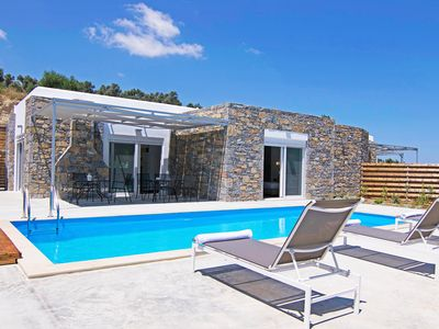 Photo for New, Spacious, Private Pool, Near tavern, Olive Grove, Great location & Views 1