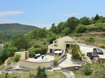 Photo for Spacious Villa with Private Pool in Molières-sur-Cèze
