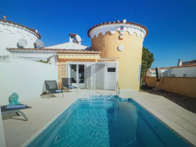 Photo for Private villa T4 with pool 6 people