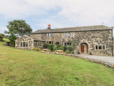 Photo for THE LONG VIEW, family friendly in Heptonstall, Ref 974343