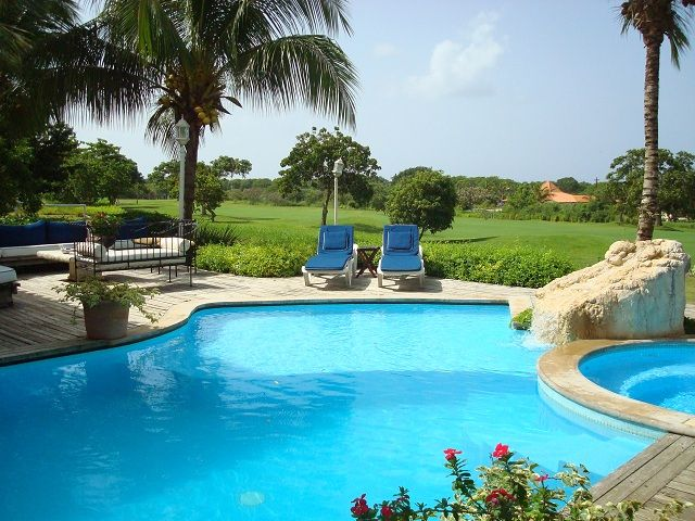 DERNIERE MINUTE XMAS DEALS, Près de la plage 4 BR Golf View Villa, Excellent 5/5