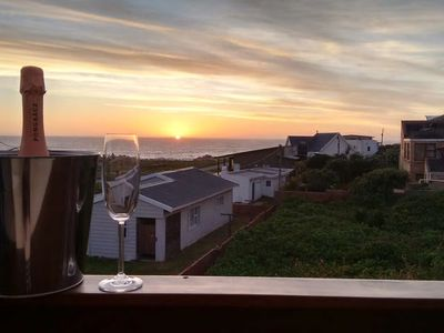 Photo for Holiday home near beach for up to 8  guests at Cape St Francis, Eastern Cape