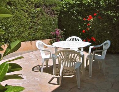 Photo for Studio with terrace in quiet gated villa Antibes Juan Les Pins