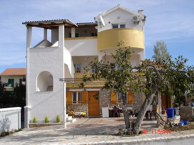 Photo for 1BR Apartment Vacation Rental in Murter