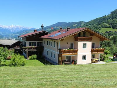 Photo for Spacious holiday home with 4 bedrooms near Alpendorf St Johann