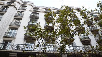 Photo for 5/10 mins to Le Louvre / Concorde, 80m2 ART DECO Apt. 24hr Concierge