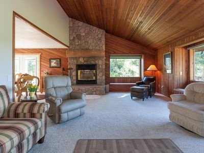 Photo for Spacious paradise in the woods, family-friendly, close to town.