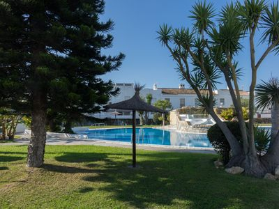 Photo for Great holiday home with communal pool