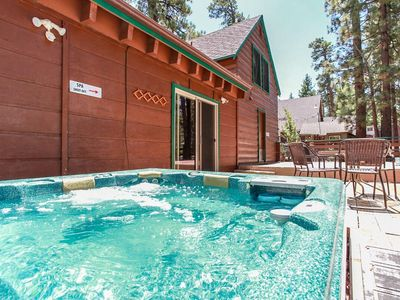 Photo for Abe's Amazing Cabin Spacious 5 BR / Hot Tub/ Games