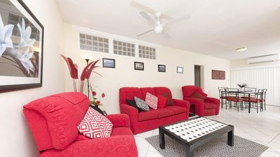 Photo for Carinya Gardens 15 - Perfectly positioned!