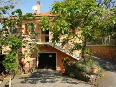 Photo for Casa Campagnola. Quiet surroundings 4 bedrooms 2 bathrooms Beautifully located house with terrace.