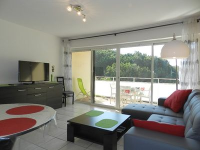 Photo for THE FAVIERE - BRIGHT. FULLY RENOVATED. 2 ROOMS 4 BEDS.