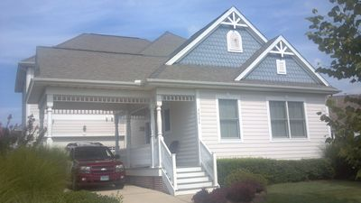 Photo for Lg Fenwick 2 MasterBRs, Sleeps 12, Golf, Pools,Musicals, Small pets, 2950 Sq Ft