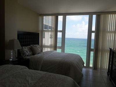Photo for One Bedroom On The Beach With An Awesome Ocean View