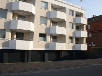 Photo for Apartment for 4 people with west facing balcony, ideal location - quiet location