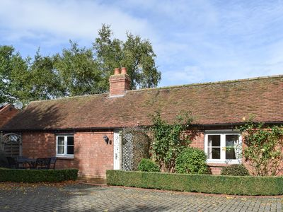 Photo for 1 bedroom accommodation in Long Itchington, near Leamington Spa