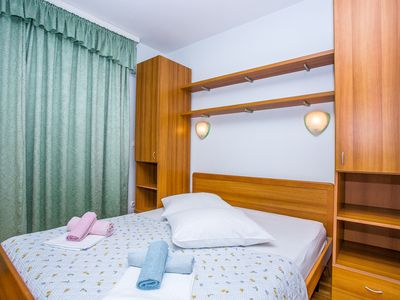 Photo for 1BR Apartment Vacation Rental in Podstrana