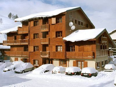 Photo for Luxurious appartment nearby lifts, shops and restaurants.