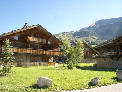 Photo for Luxury chalet with fireplace in the area of Alpe d'Huez