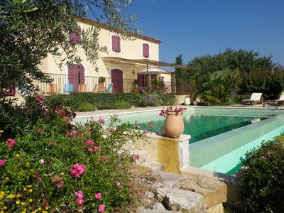 Photo for Bastide 200m2 on 2500m2, swimming pool overflow10 / 5, view ste Victoire, bowling