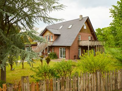 Photo for Experience country and be happy in the north of Hamburg - garden villa with 11 beds