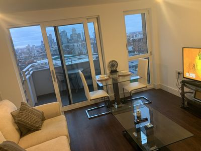 Photo for STUNNING STUDIO APARTMENT WITH AMAZING VIEW NEAR CANARY WHARF