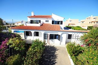 Photo for Lovely Villa With Private Pool, Family Friendly
