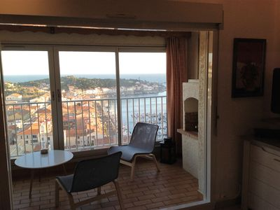 Photo for T2 loggia sea view and harbor 2 bedrooms, one mezzanine (clim) 4 pers wifi garage