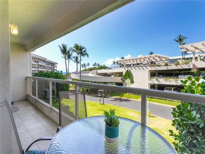 Maui Banyan H-210, Gorgeous 1 Bedroom Condo with Expanded Lanai, Pool, Hot Tub