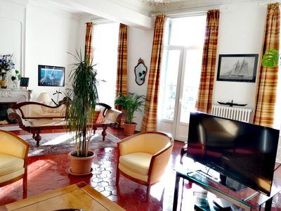 Photo for Beautiful apartment on the quay, 150 m2, bright, sunny
