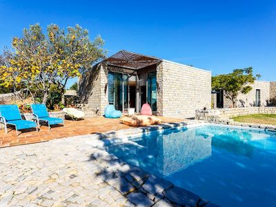 Photo for Amazing family villa with private swimming pool in Tavira