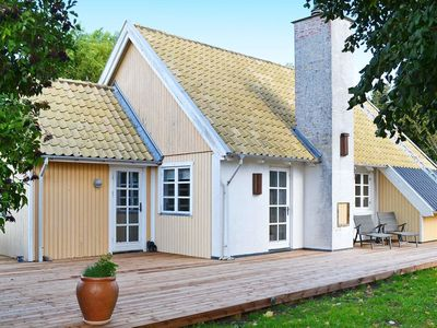 Photo for 8 person holiday home in Frørup