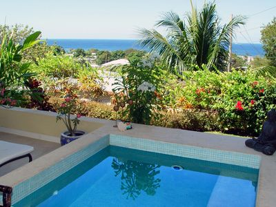 luxury apartment with plunge pool, (sole use) terrace and sea views