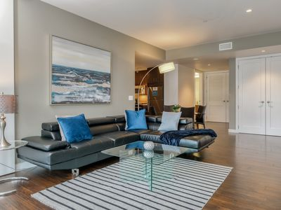 Photo for Downtown Lux Apartment 2BD 2