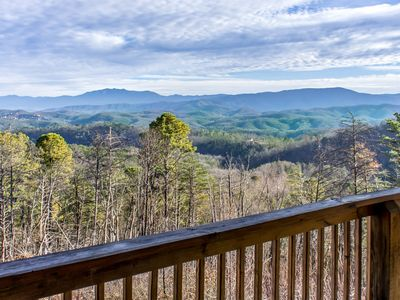 Photo for Gorgeous, Pet-friendly Cabin with Spectacular Mountain Views