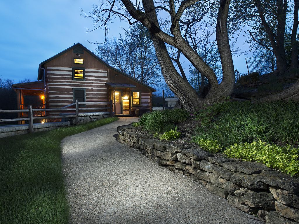 Romantic Secluded Private Rustic Cottages Elizabeth