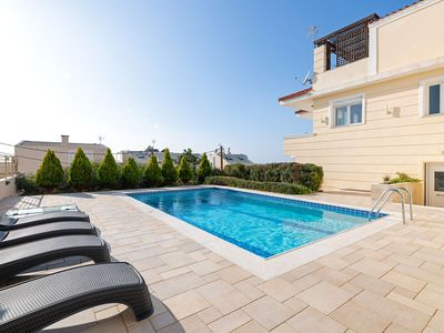 Photo for Cozy Holiday Home in Saronida Attikis with Swimming Pool