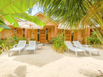 Search 15 holiday lettings