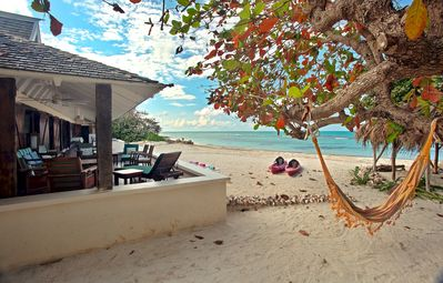 Photo for Cook & Housekeeper Free, On Private Beach, Kayaks, 5 Beds, 4 Bdrms, (RJC20)