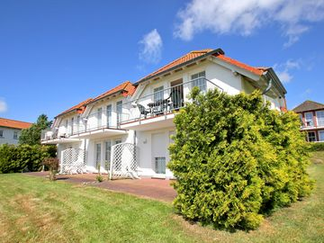 beautiful apartment in extensive grounds with fun and spa