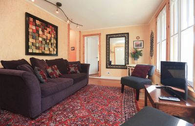 Photo for Beautiful 2 bedroom, 1 1/2 bath minutes to hospital and downtown