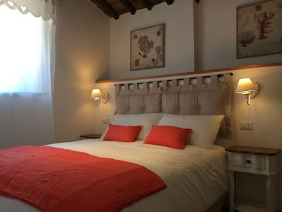 Photo for Charming & Quiet Apartment, 400 metres from Spanish Steps! A/C. Free Wifi