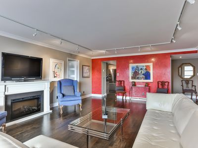 Photo for Furnished Executive Condo Lease - 4 to 6 months (flexible) - Downtown Toronto