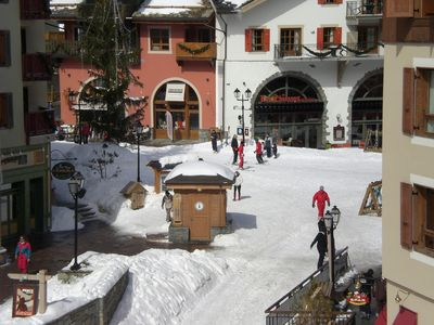 Photo for Ideally located ski in/ski out apartment in snow sure and pretty Arc 1950