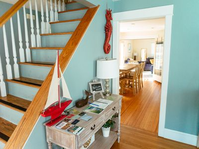 Just 1 Block From Thames St!  Entire 1700Sqft House In Central Newport