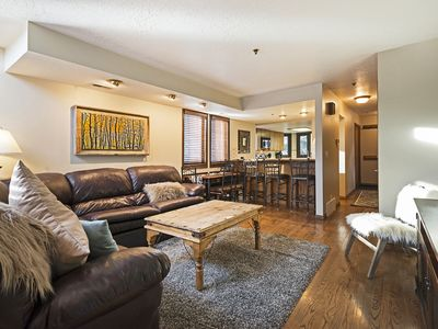 Photo for Lower Deer Valley TownHome - 2BD/2.5BA - Sleeps 6 - Mins to Deer Valley Skiing