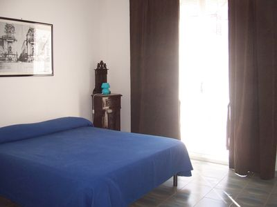 Photo for Independent apartment, air-conditioned, with WiFi, ideal for couples or families