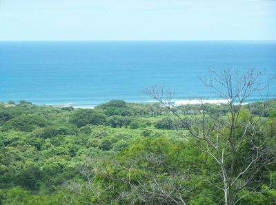 View from the pool,1 min drive to the beach,Santana beach 3 min.Playa Rosada